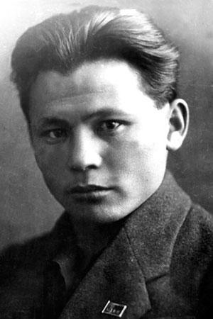 Максим Кирович Аммосов