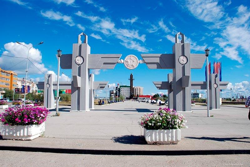 Памятник якутам-воинам ВОВ