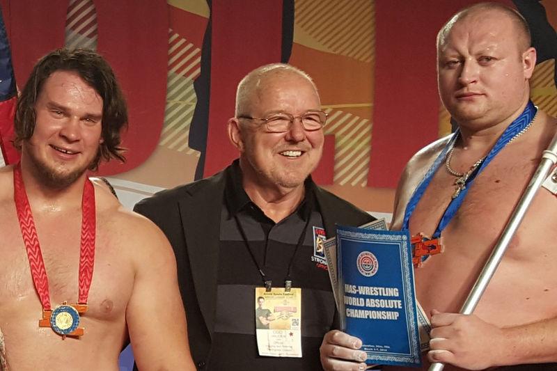 Абсолютные чемпионы по мас-рестлингу
