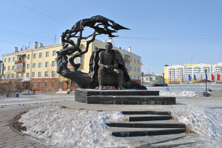 Памятник А.Е. Кулаковскому