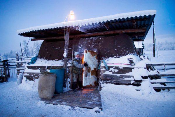 Якутский хотон в Оймяконе