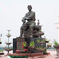 Памятники Якутска