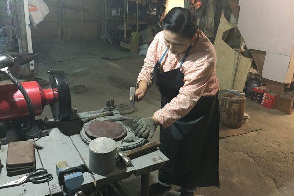 Мастер по изготовлению хомуса - Софья