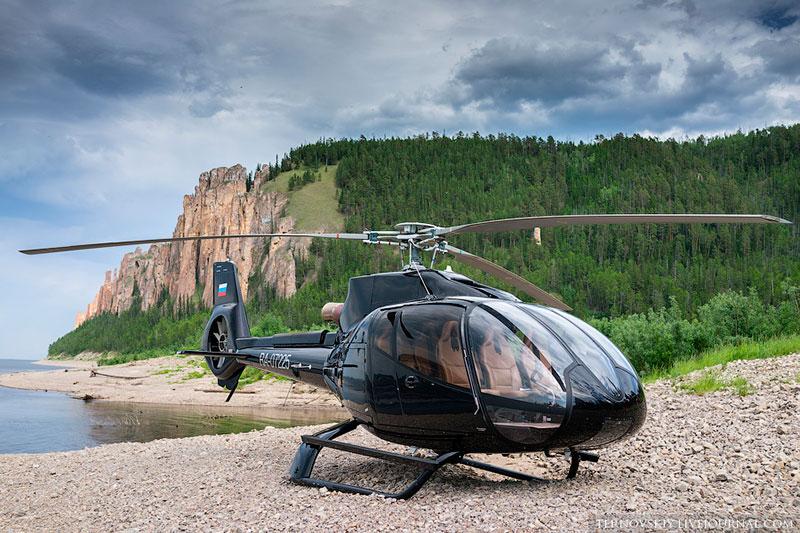 Вертолет на Ленских столбах