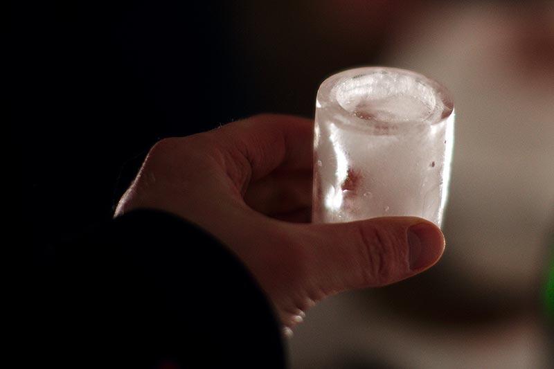 Стопарик из льда