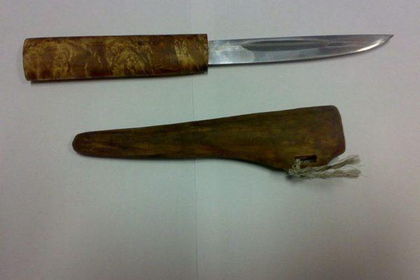 Якутский нож с деревянными ножнами